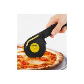 Rocket Top Spin Pizza Cutter In Black